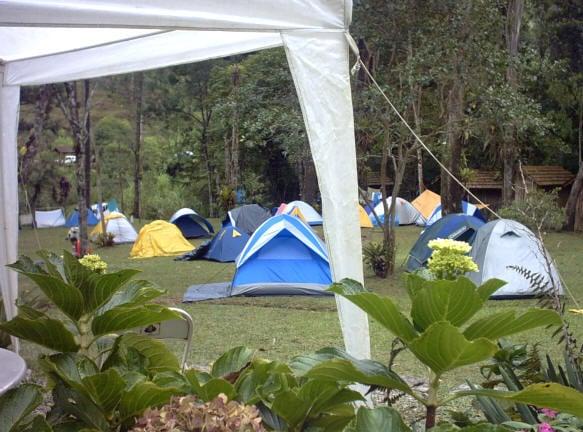 Barracas armadas no camping