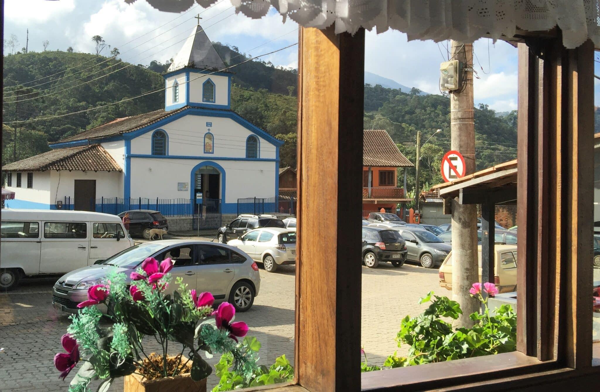 Igreja da praça da Maromba