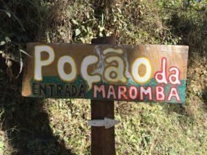 Placa do Poção da Maromba e sua piscina natural