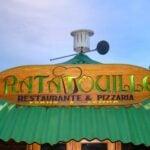Placa do restaurante na vila de Maringá